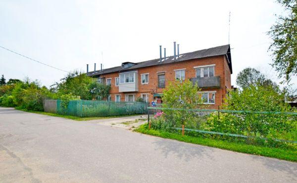Двухкомнатная квартира в деревне Клишинo (115 км от МКАД)